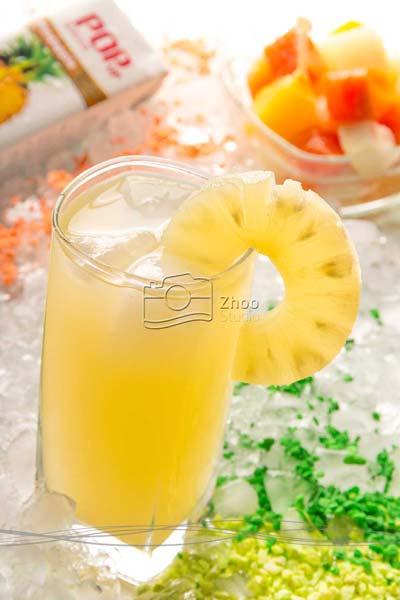 استودیو ژو - عکاسی مواد غذایی آب میوه پاپ - عکاسی تبلیغاتی و صنعتی